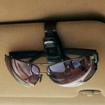 Napszemüveg, bankkártya csíptető napellenzőre
