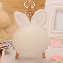 Pompom kulcstartóra, táskára akasztható nyuszi füles szőrme fehér
