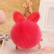 Pompom kulcstartóra, táskára akasztható nyuszi füles szőrme dísz hot pink