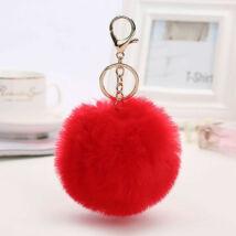 Pompom kulcstartóra, táskára akasztható szőrme dísz  piros